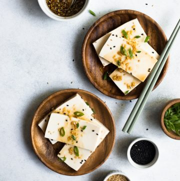 10 Minute Tofu Appetizer - an easy, vegan cold tofu dish that is great as an appetizer!