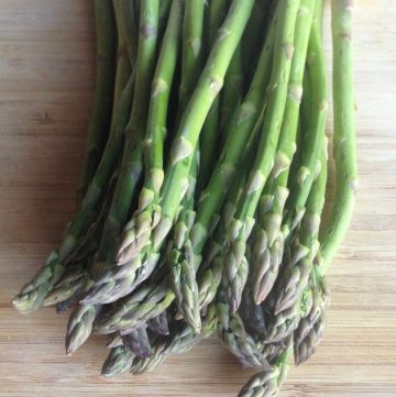 Kitchen Questions: Should You Snap or Chop a Stalk of Asparagus?