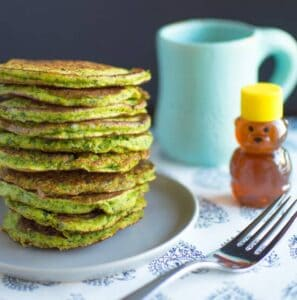 Spinach Pancakes | Healthy Nibbles and Bits