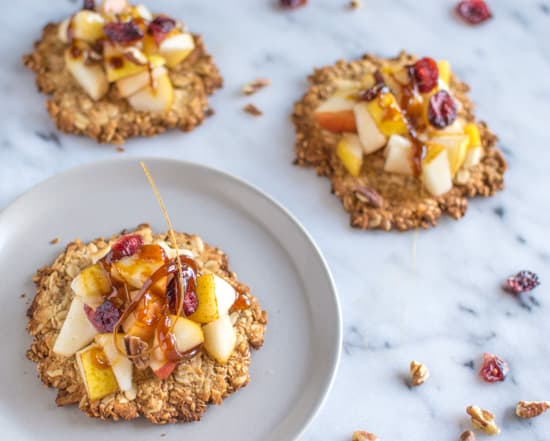 Pear Cookie Crisps | healthynibblesandbits.com