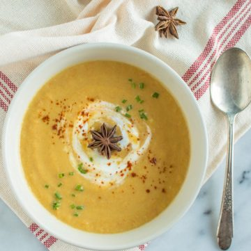 Acorn Squash Soup with Star Anise | healthynibblesandbits.com