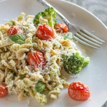 Chicken Fusilli with Broccoli Pesto and Roasted Tomatoes