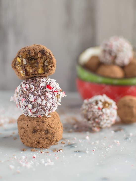 Delicious and addictive Kahlua Coconut Bites | healthynibblesandbits.com #vegan #glutenfree