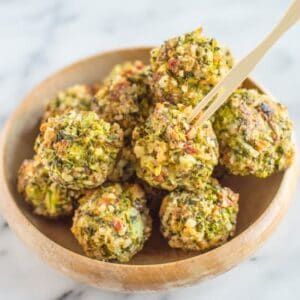 Cheesy Broccoli Tots with Cheddar Onion Sauce | healthynibblesnandbits.com