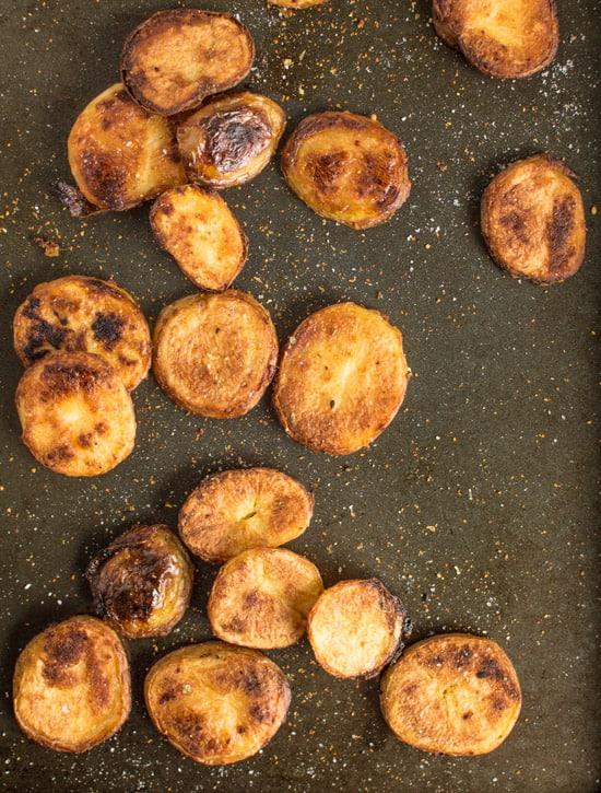 Spicy Crispy Roasted Potatoes | healthynibblesandbits.com