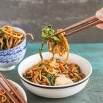 30 Minute Chicken Chow Mein | healthynibblesandbits.com