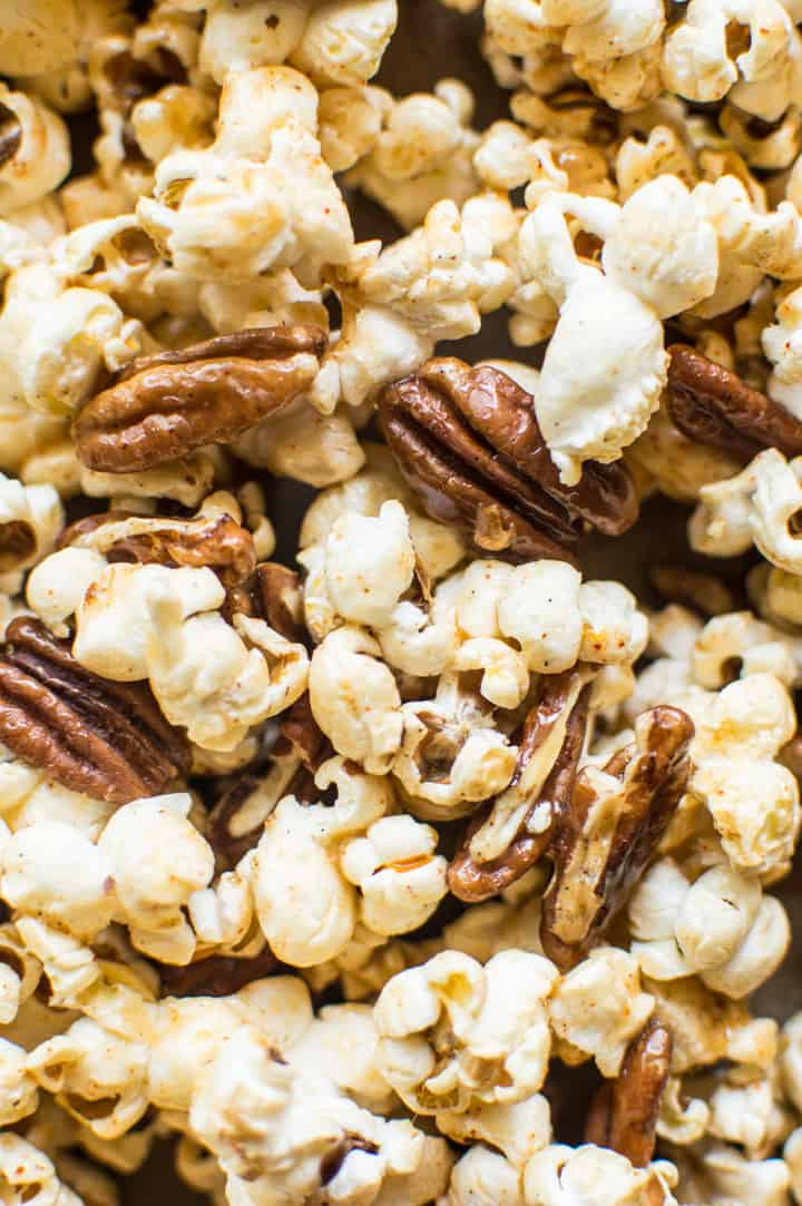 Bourbon Paprika Pecan Popcorn - a healthy caramel popcorn made with NO REFINED SUGAR and ready in 30 minutes!   healthynibblesandbits.com