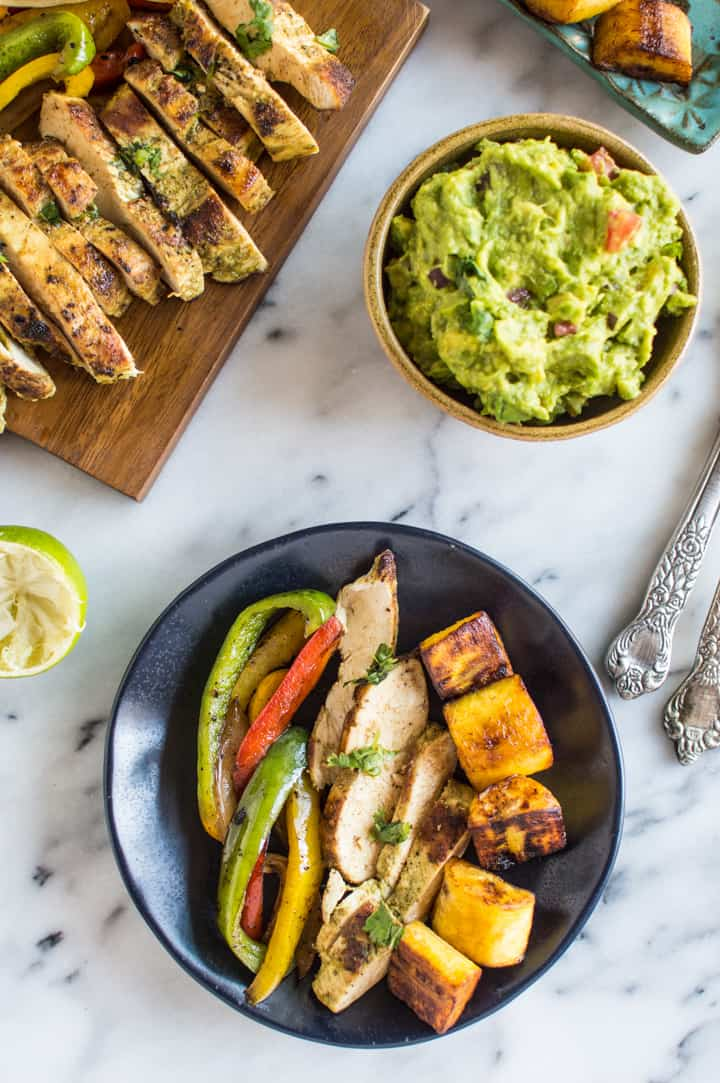 Cilantro Chicken Fajitas with Fried Plantains - a healthy, easy paleo and gluten-free meal that is perfect for weeknights! | healthynibblesandbits.com