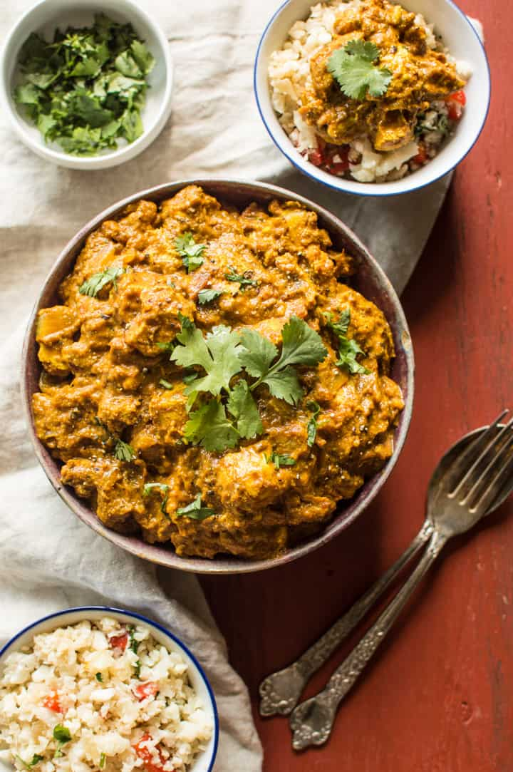 Paleo Chicken Tikka Masala - simple tikka masala dish that is Whole30 friendly! | healthynibblesandbits.com