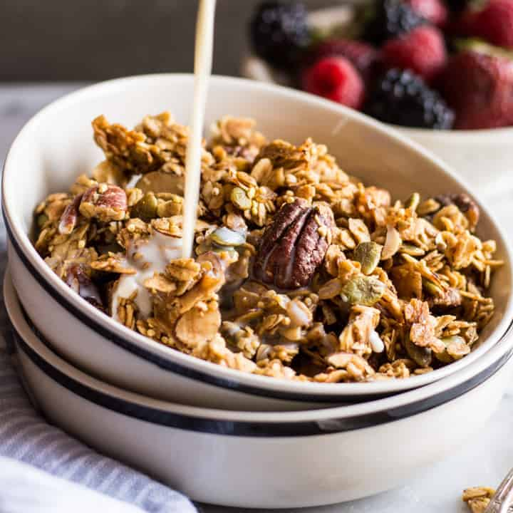 February 2016 Recipes 2016 10 23 Baked Apples With A Spiced Granola >> Easy Ginger Spiced Granola With Ancient Grains Healthy Nibbles Bits