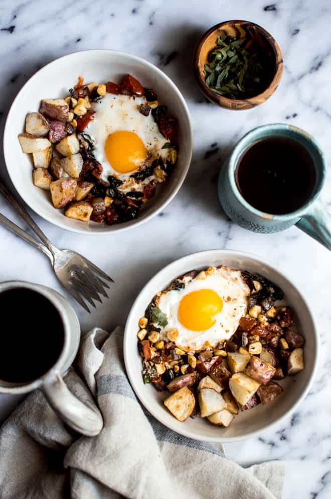 Braised Egg Breakfast - an easy and healthy weekend breakfast that is ready in 30 minutes! | healthynibblesandbits.com