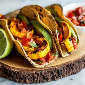 Harissa Miso Delicata Squash Tacos - easy vegan meal that's ready in 30 minutes! | healthynibblesandbits.com
