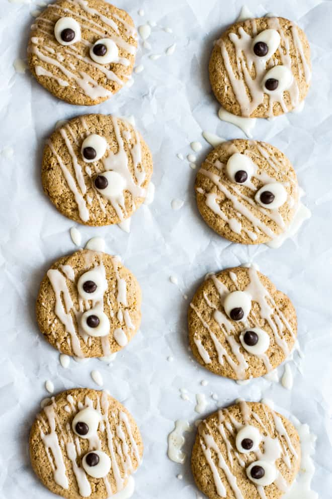Vegan Spiced Butternut Squash Sugar Cookies - these easy gluten-free cookies are great for Halloween! | healthynibblesandbits.com