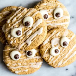 Vegan Butternut Squash Sugar Cookies - these easy gluten-free cookies are great for Halloween! | healthynibblesandbits.com