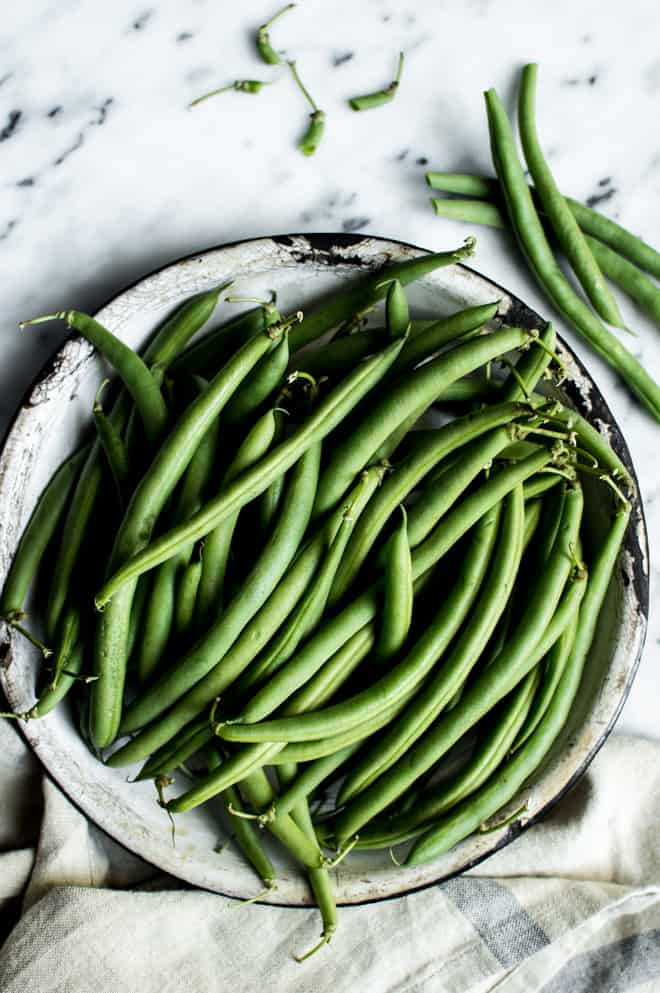 Miso Maple Green Beans with Bacon - an easy holiday side-dish for your holiday gatherings! by Lisa Lin of Healthy Nibbles & Bits