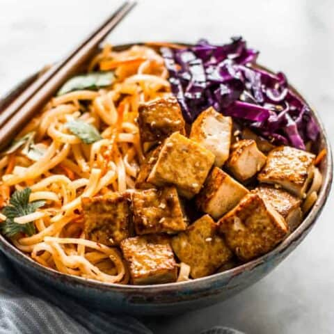 30-Minute Coconut Curry Stir Fry Noodles with Glazed Tofu - easy weeknight gluten free and vegan meal! by Lisa Lin of healthynibblesandbits.com