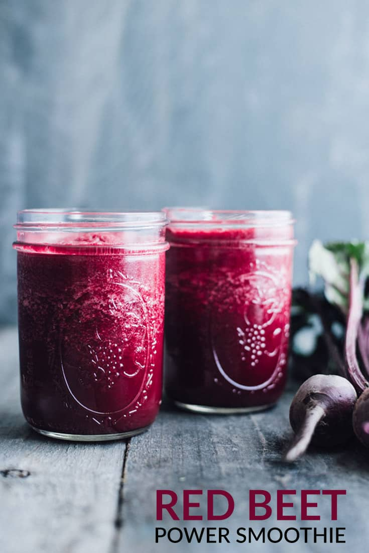 Simple Red Beet Smoothie - this simple detox smoothie is made with ingredients that you recognize! @healthynibs