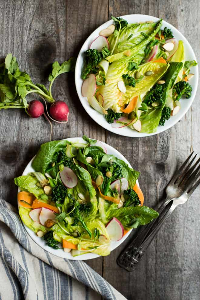 Spring Salad with Lemongrass Vinaigrette - a delicious zingy vegan appetizer! by @healthynibs