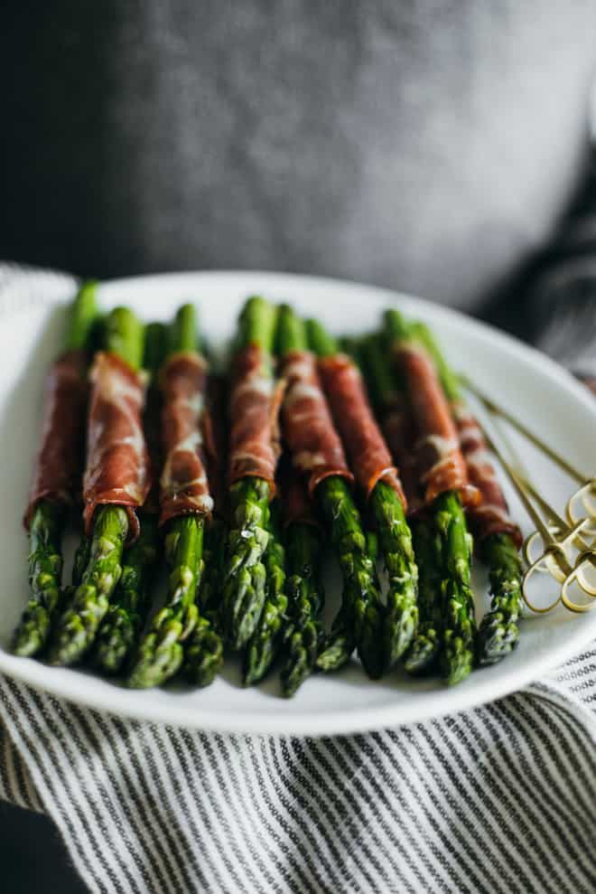 Dry Coppa Wrapped Asparagus - easy appetizer ready in 15 minutes and made with just 5 ingredients! by @healthynibs