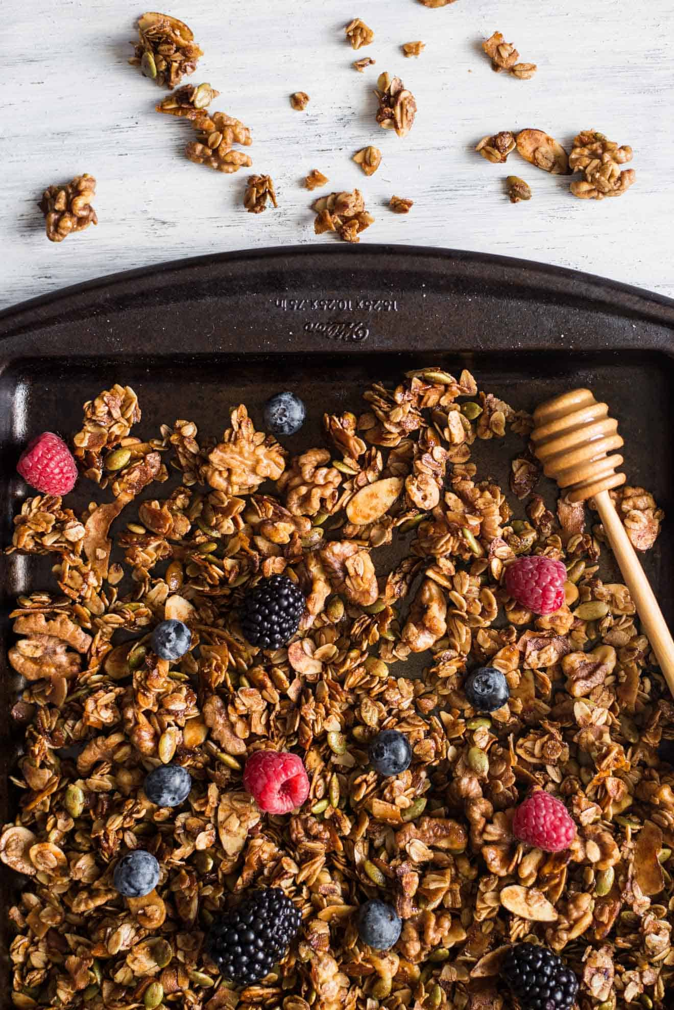 Easy Oat and Honey Granola - a healthy, gluten free granola that's easy to make at home!