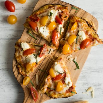 Three Cheese Plantain Crust Pizza - easy, gluten-free pizza ready in 30 minutes! by @healthynibs
