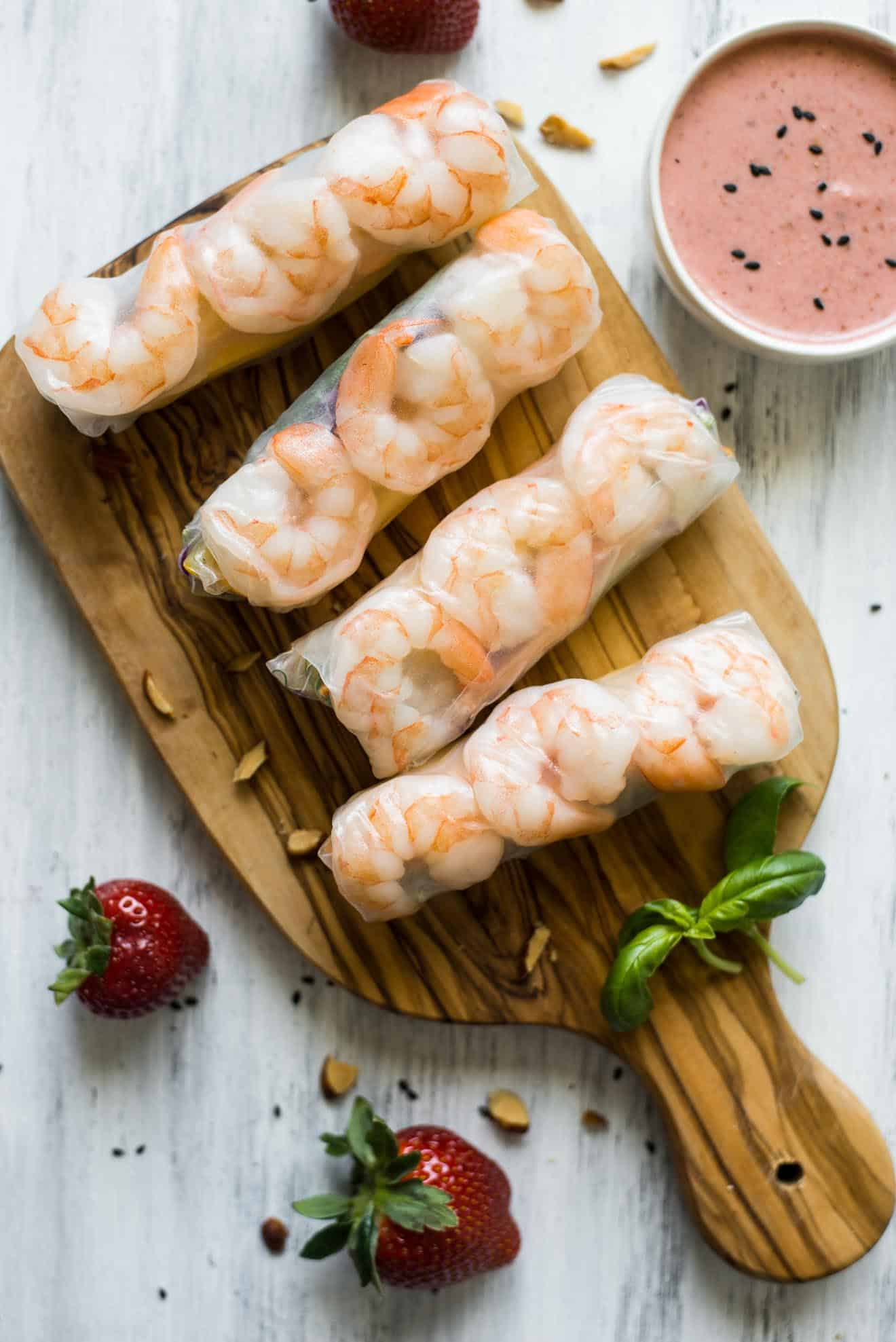 Shrimp Spring Rolls with Strawberry Almond Sauce - easy, healthy summer appetizer ready in 30 minutes! by @healthynibs