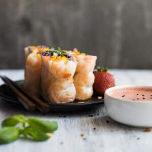 Shrimp Spring Rolls with Strawberry Almond Sauce - easy, healthy summer appetizer ready in 30 minutes! #healthy #glutenfree