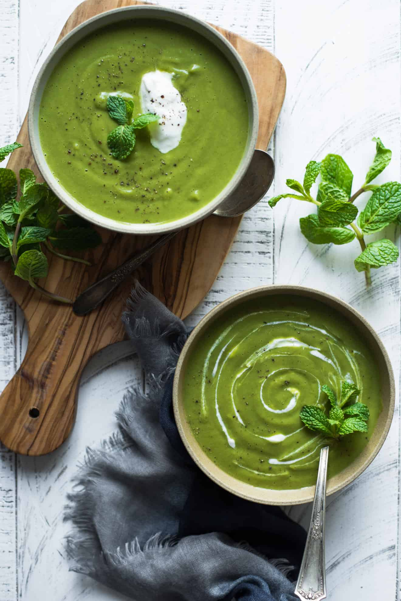Pea and Mint Soup - a healthy, gluten free soup that's packed with vegetables!