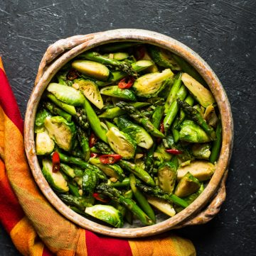 Chili & Garlic Stir Fry Brussels Sprouts with Asparagus - a quick and easy side dish that's ready in 20 minutes!
