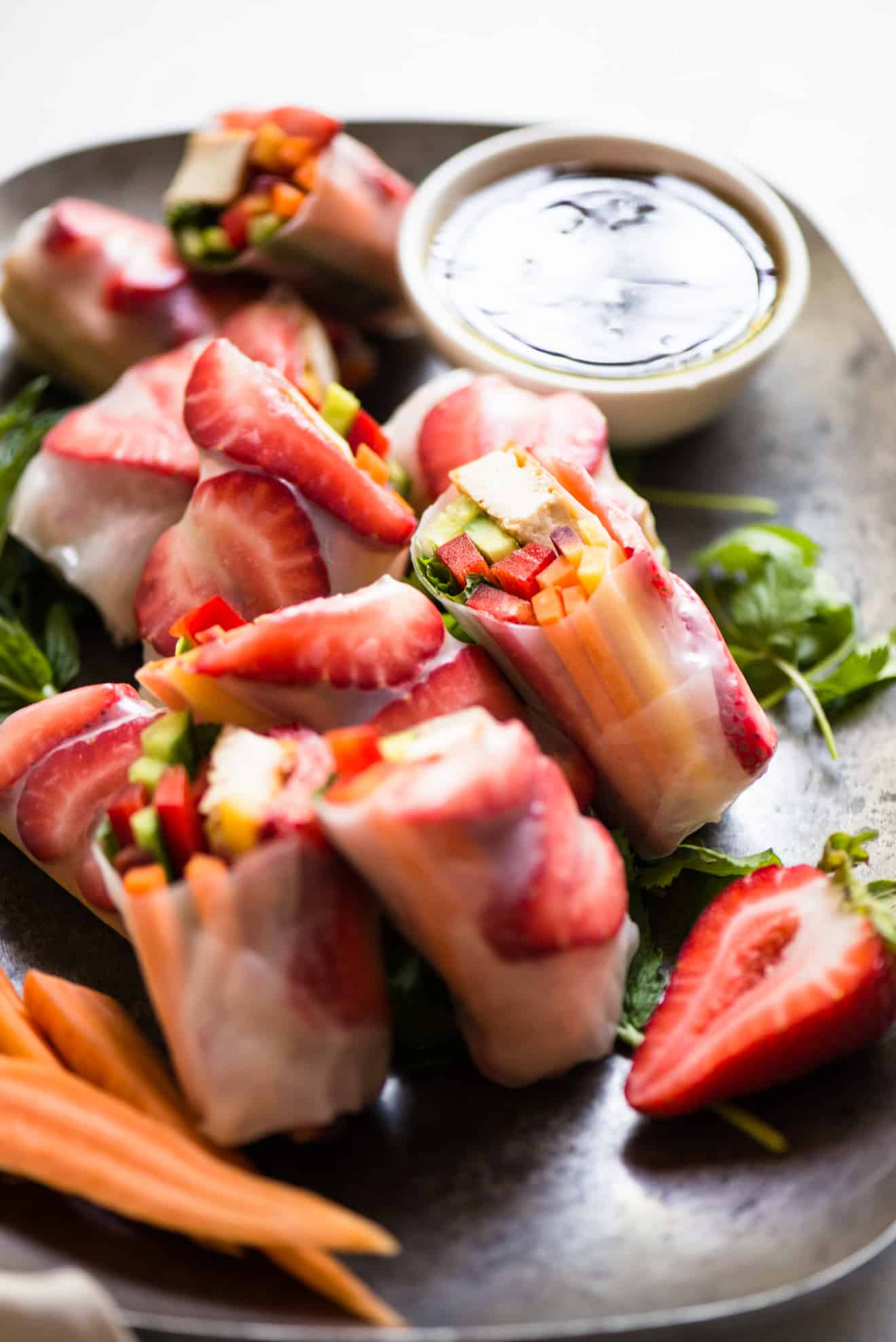 VEGAN Teriyaki Tofu Spring Rolls - simple, fresh spring rolls filled with vegetables, tofu and strawberries! Perfect party appetizer!