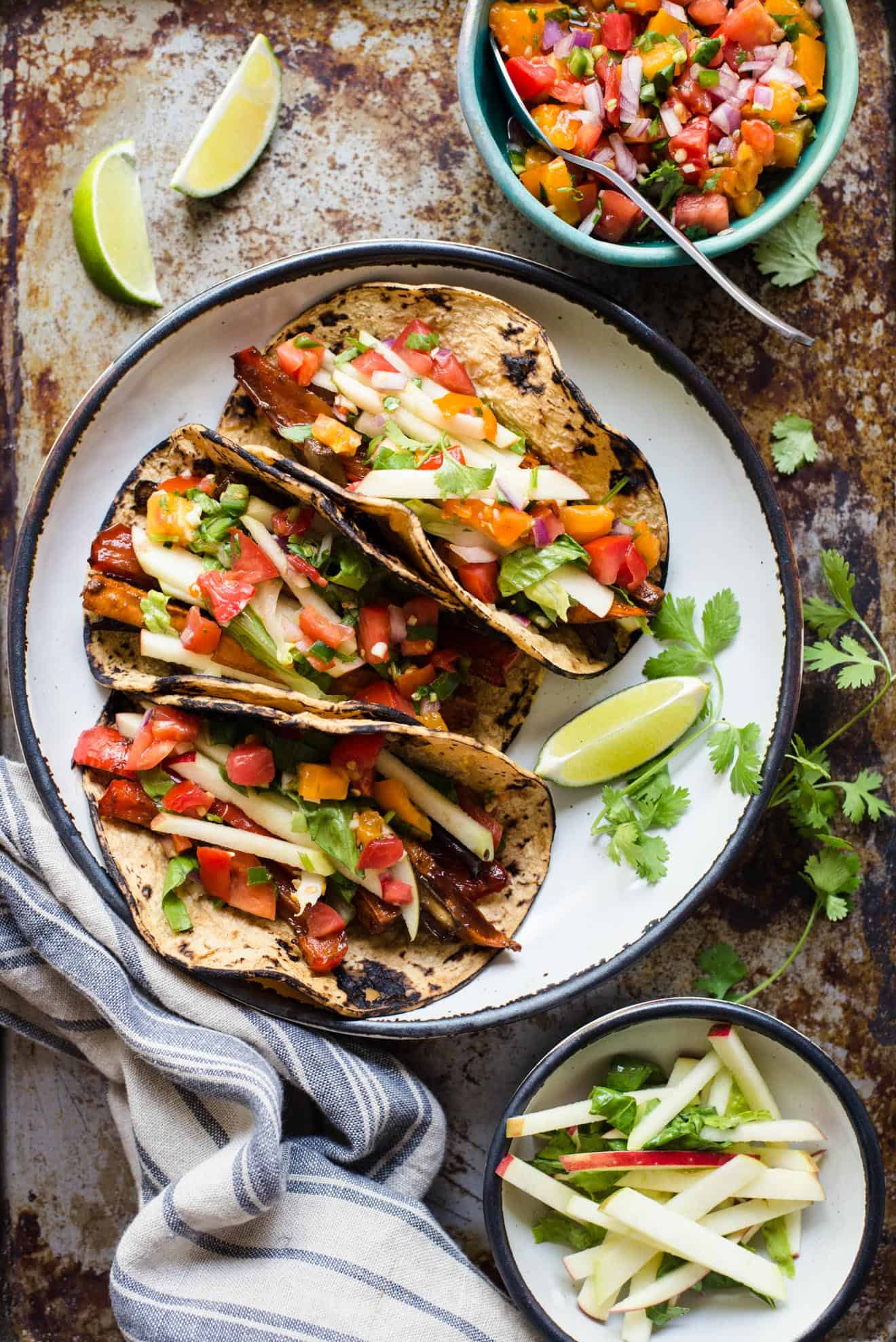 #VEGAN Tamarind Glazed Vegetable Tacos with Apple Slaw - easy weeknight meal!