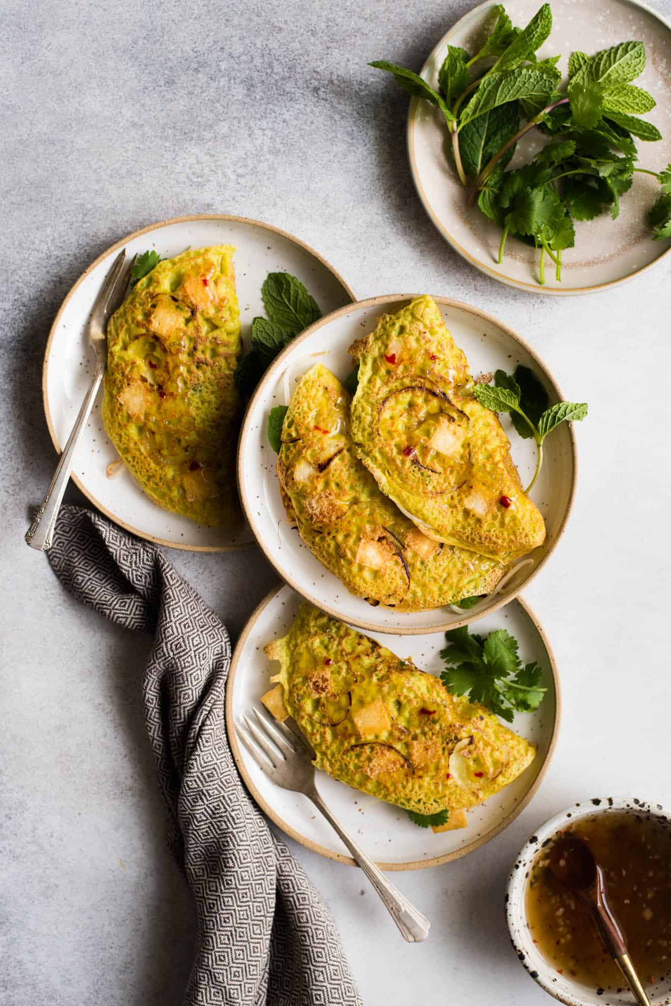 Vegan Banh Xeo - traditional banh xeo made with tofu! #glutenfree #healthy