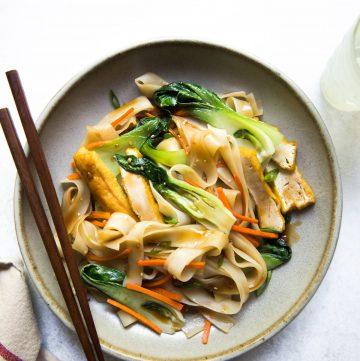 Teriyaki Noodle Stir Fry (Vegan)