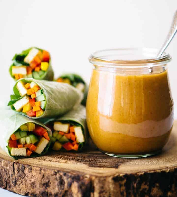 A delicious 6-ingredient peanut sauce recipe