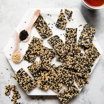 Easy Sesame Candy