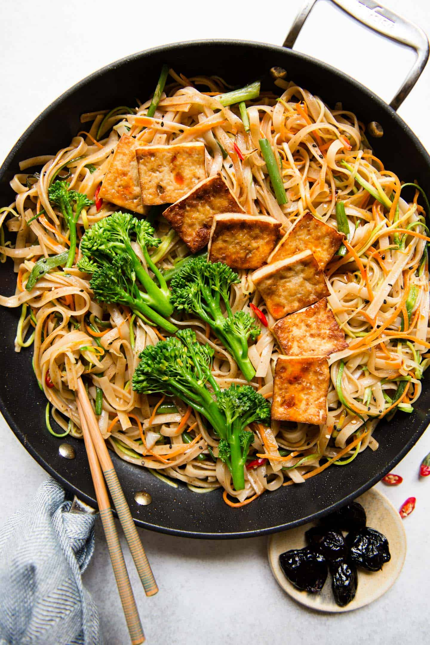 Tofu Stir Fry Noodles Recipe with Dried Plum Sauce