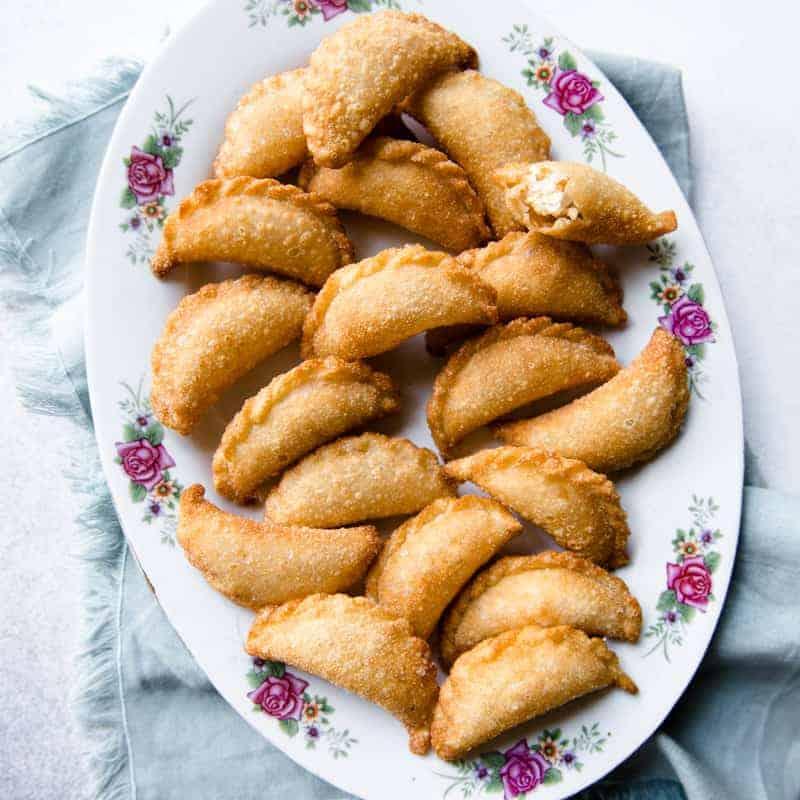 Cantonese Sweet Fried Dumplings (Gok Zai/Yau Gok)