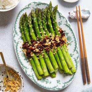 Chili Garlic Roasted Asparagus on a platter