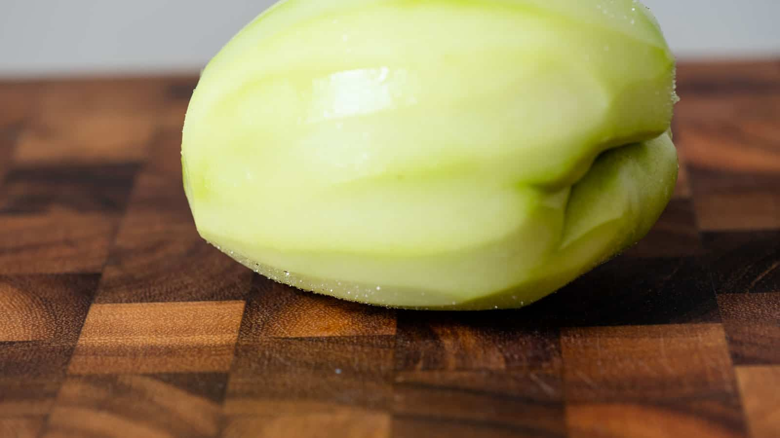 Peeled chayote with sap