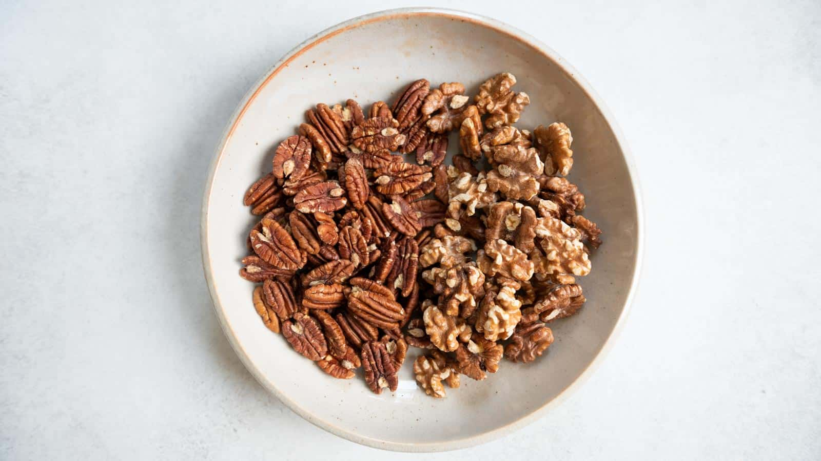 Roasted pecans and walnuts